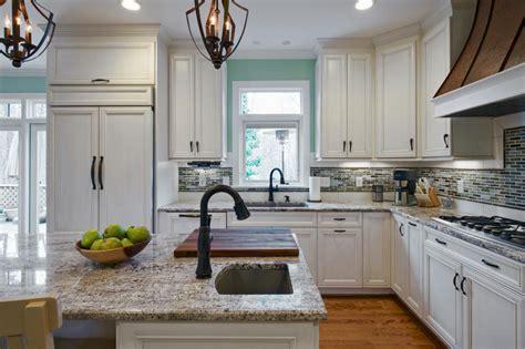 White Kitchen Cabinets Blue Backsplash • Kitchen Backsplash