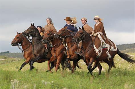 argentina riding horse horses america south holidays horseback ride estancia gaucho far potreros farandride los