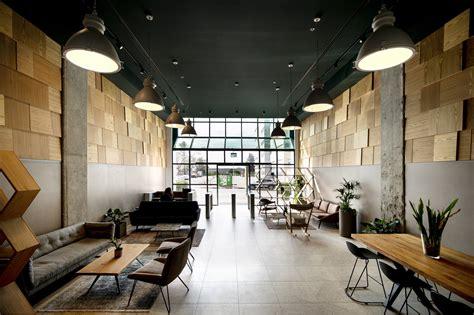 Retail Company Lobby