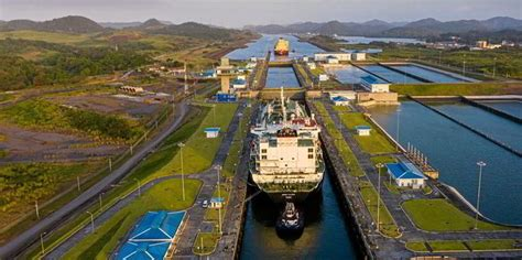 suez canal wins  panama  january lng carrier transits tradewinds