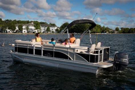 22 Bennington Pontoon Boat Weight by 2014 Bennington 22 Ssx Buyers Guide Boattest Ca