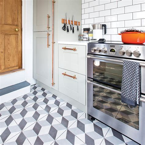 kitchen floor tiles ideas pictures kitchen flooring ideas to give your scheme a look