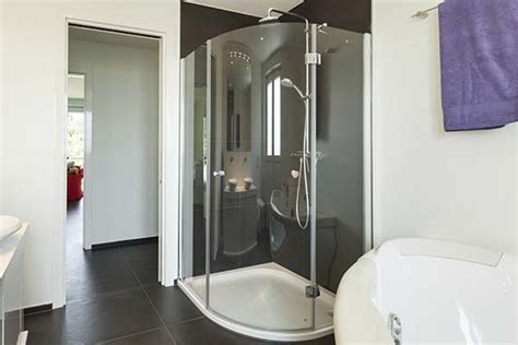 The Benefits Of Having Glass Shower Enclosures
