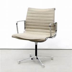 Stühle Im Eames Stil : ansprechend herman miller schreibtisch st hle eames office chair eames inspirierten stil wei e ~ Indierocktalk.com Haus und Dekorationen