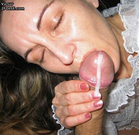 Les Femmes Matures Adorent Sucer Et Recevoir Du Sperme Sur