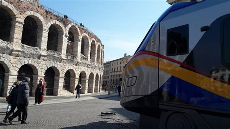 alstom si鑒e social pendolari da alstom 54 treni pop a trenitalia per abruzzo liguria marche e veneto trasporti italia com