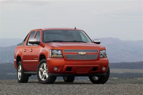 chevrolet avalanche news information