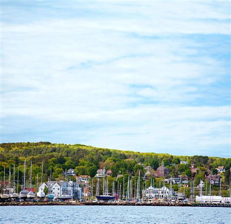 Glass Bottom Boat Tours Madeline Island by Two Day Getaway To Bayfield Midwest Living