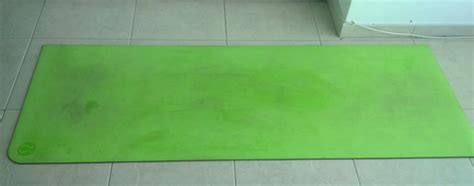 how to clean the mat lululemon lululemon mat review make your work