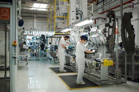 faurecia  deschis  noua fabrica pentru componente auto