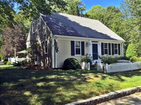 Yarmouth Vacation Rental home in Cape Cod MA 02675, 1/2