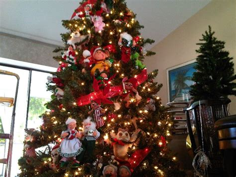 25 all time favorite disney christmas tree decorations