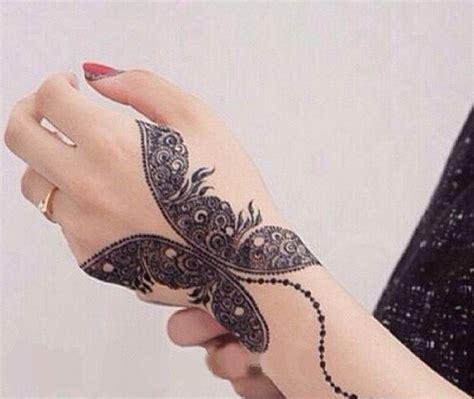 impressive mehndi tattoo designs     styles  life