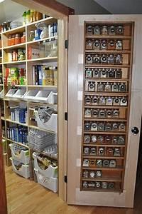 Regal Für Vorratskammer : die besten 25 speisekammer regale ideen auf pinterest ~ Michelbontemps.com Haus und Dekorationen