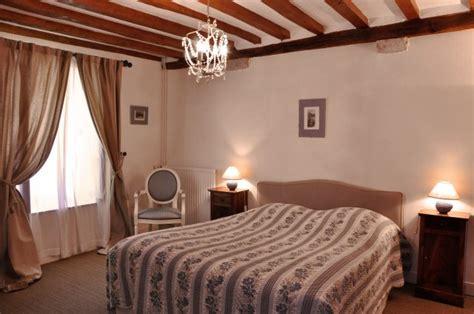 chambre d hote goult domaine de l 39 ermitage chambre d 39 hôte à berry bouy cher 18