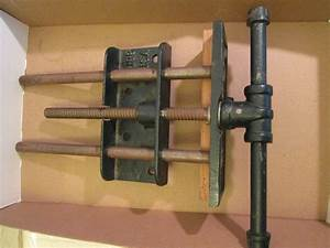 "VINTAGE 10"" Woodworking Vise Under Bench Littco # 198 USA"