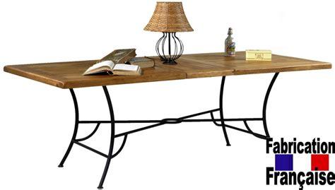canapé cuir entretien table chêne et fer forgé bastide table en chêne massif