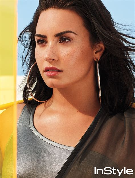 Demi Lovato Says She Very Fluid Her Dating Life