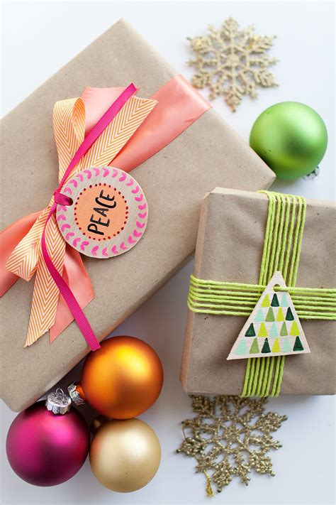 diy wood gift tags  ornaments  love  party