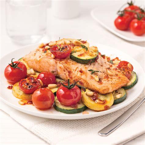 cuisine en papillote filet de saumon et légumes en papillote recettes
