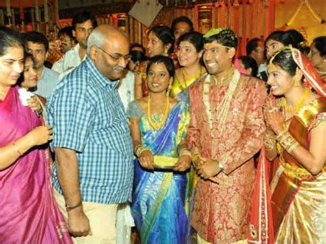 jeevitha serial actress age koti daughter wedding photos chiranjeevi balakrishna