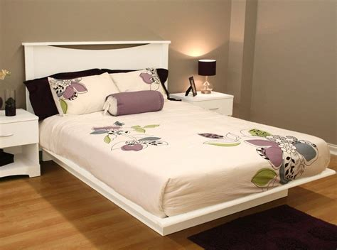 New Modern White Platform Bed In Size Twin Full Queen And