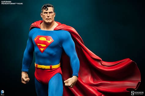 Superman Premium Format Figure Superman Premium Format