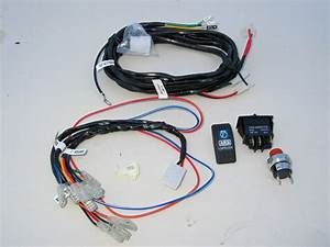 Arb Air Compressor Wiring Diagram : a close up of the wiring harness and switches ~ A.2002-acura-tl-radio.info Haus und Dekorationen