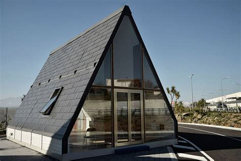 M.a.di Home Interior : Tiny Prefab 'a-frame' Home Sets Up In 6 Hours