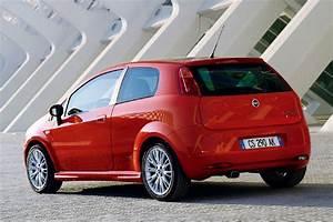 Fiat Punto 4 : fiat grande punto 1 4 8v dynamic 2006 parts specs ~ Medecine-chirurgie-esthetiques.com Avis de Voitures