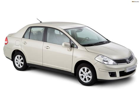 Nissan Tiida Sedan (SC11) 2007–10 pictures (2048x1536)