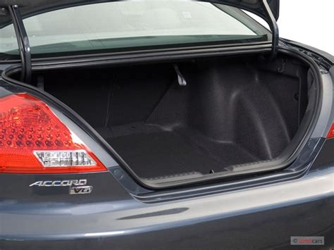 image  honda accord coupe   trunk size