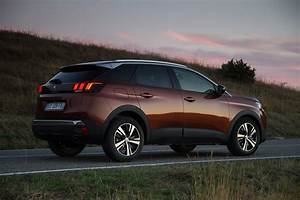 Video 3008 : peugeot 3008 suv 2016 photos parkers ~ Gottalentnigeria.com Avis de Voitures