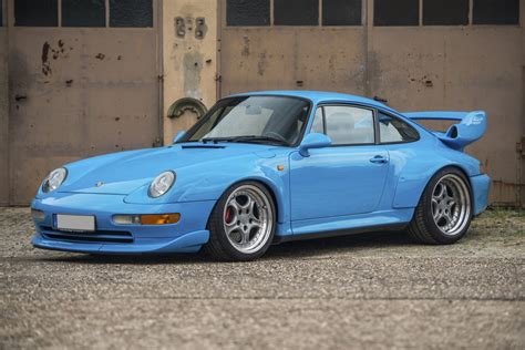 1995 Porsche 911 Gt2 Sells For .4 Million