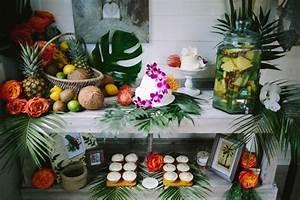 Deco Table Tropical : un mariage th me tropical inspirations d co mariage th me tropical d corations de table de ~ Teatrodelosmanantiales.com Idées de Décoration