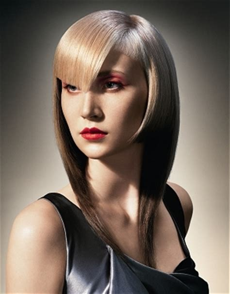 Fabulous Layered Hairstyles With Bangs