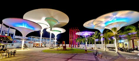 HDR centris panorama | a UFO like tower in Eton Centris ...