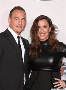Alanis Morissette Announces Second Pregnancy With Animated ...