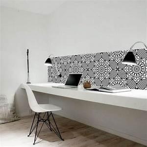 Planche De Bureau : am nager un bureau chez soi 12 conseils quand on travaille la maison une hirondelle dans ~ Teatrodelosmanantiales.com Idées de Décoration
