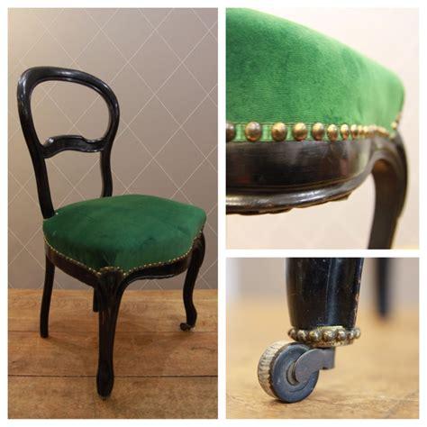 canapé frey chaise napoléon iii en velours vert finition galon clouté
