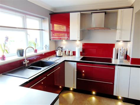 Red Kitchens : 3 Red Kitchens, 3 Different Ways All From Premier Kitchens
