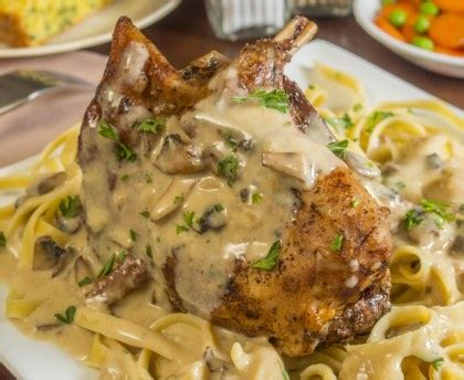 cuisiner le lapin au vin blanc lapin à la moutarde maison recette de lapin à la