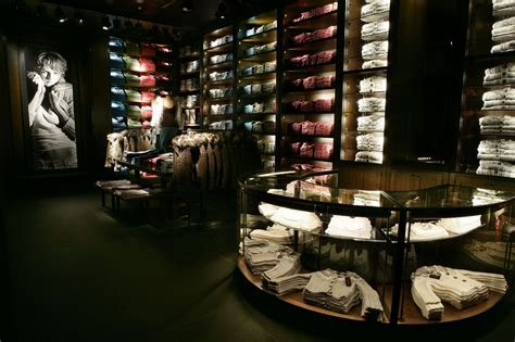 Abercrombie & Fitch Flagship Stores - Selldorf Architects