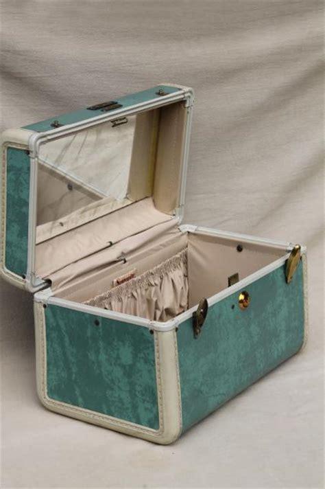 vintage samsonite luggage vanity train case makeup kit  mirror box bag suitcase