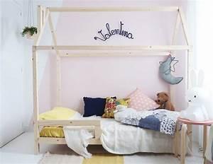 Lit Cabane Au Sol : du bois dans une chambre d 39 enfant inspiration d co ~ Premium-room.com Idées de Décoration