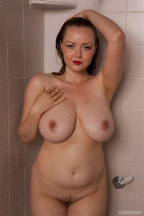 Natasha Ledesma  nackt