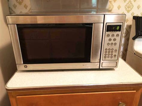 transitional design  auctions ge microwave