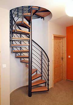 runde treppe treppe stahl holz kombination referenzen treppe hannover und holztreppe minden müller