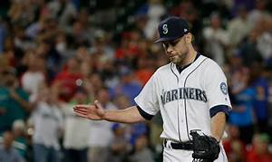 Notebook: Mariners playing it cautious with a number of ...