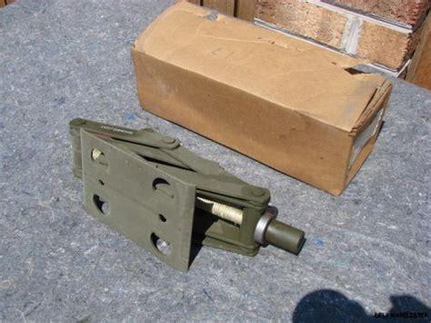 Military Green Truck M151 A1 A2 Scissor Jack Vehicle Lift